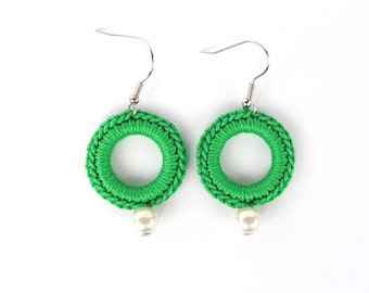Green Textile Jewelry, Circle earrings crochet in green cotton yarn and little syntetic pearl crochet jewelvery, Elegant earrings,Accessory