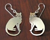 Fanciful Gold Metal Cat – Kitty – Feline Earrings for Pierced Ears / Probably Brass / Vintage Jewelry