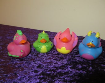 Dinosaur Rubber Ducks -  dino mite!