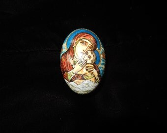 HAND PAINTED EGG with Mary and Jesus