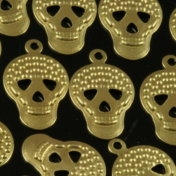 150 pcs Raw Brass 16x10 mm curved Skull shape 2 hole Charms ,Findings 782R-51
