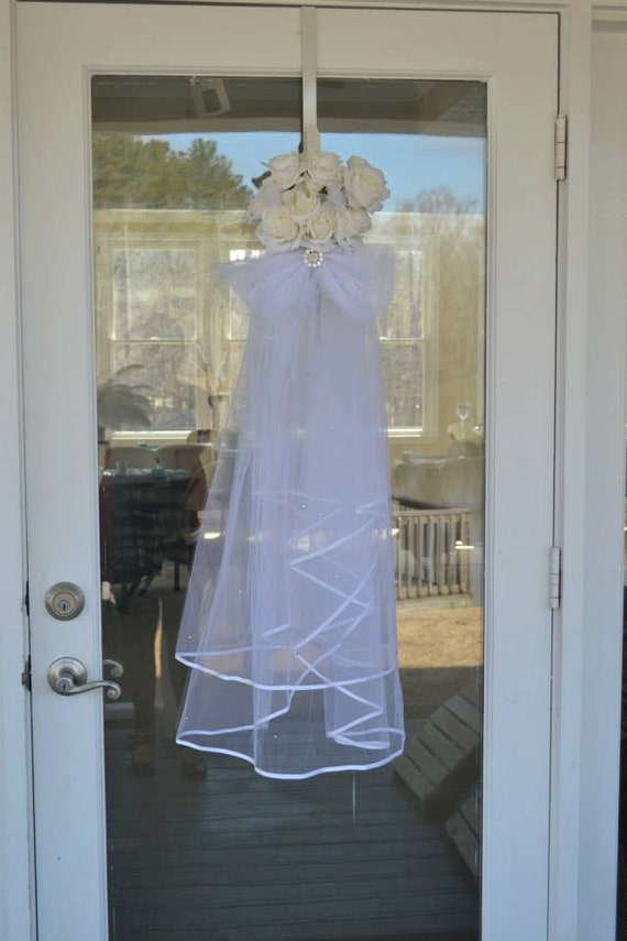 Items similar to veil bridal shower door hanger on etsy for How to decorate for a bridal shower at home