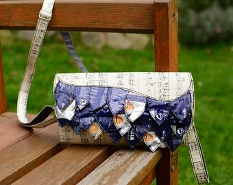 Extravagant Clutch. wrist bag, blue application