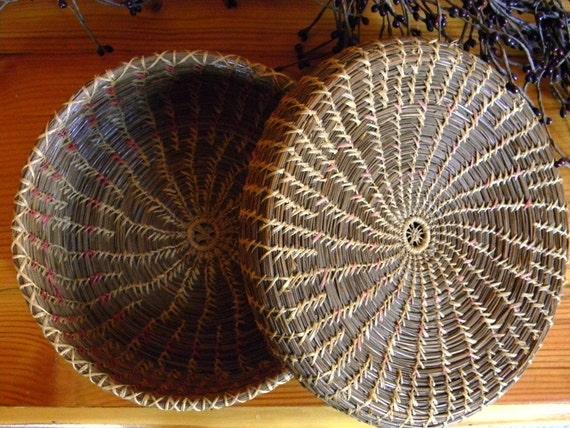 Handmade Pine Needle Baskets : Vintage handmade pine needle basket with lid