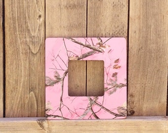 pink camo picture frame