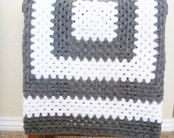 Crochet Baby Blanket - Granny Square Blanket - Gender Neutral Baby Shower Gift - Baby Shower Present - Baby Afghan - Stroller Blanket