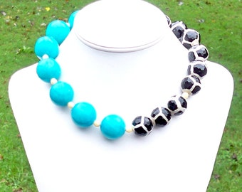 Chellsie - GORGEOUS Chunky 20mm Round Faceted Black Cream Agate Animal Print and 25mm Round Aqua Jade Gemstone Beaded Necklace