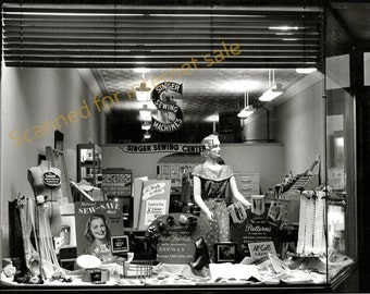 1940's ~ Singer Sewing Machine Display Window