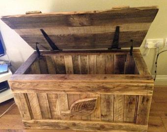 Blanket Box - The Pembroke