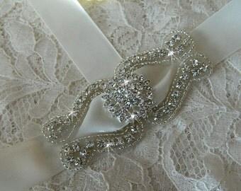 Brides Hair, Bridesmaids Hair, Wedding Hair Piece, Rhinestone Hair Pins, Bridesmaid gifts, Silver Hair Accessories, Hair Comb
