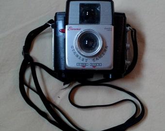 Vintage 1957 Brownie Starlet Camera