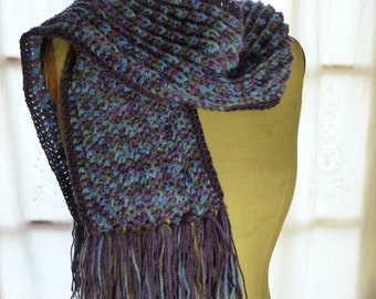 Blue and purple hook with fringe scarf