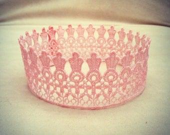 Lace Crown