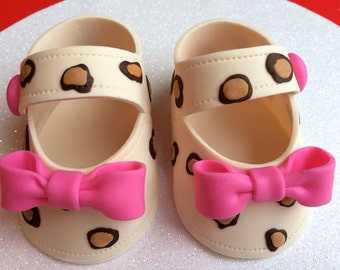 Edible cake decoration Leopard( brown) print with pink bow shoes gum paste fondant for baby shower, birthday, cake topper