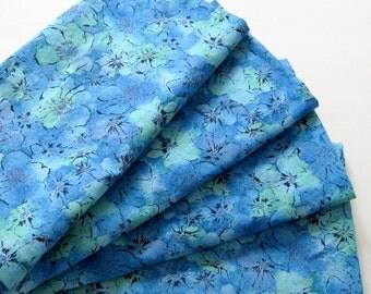 Cloth Napkins - Set of 4 - Large, Dinner - Blue Green Flowers