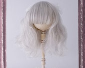 4 - 4.5inch Doll Wig // Loose Wave - Frosty Gray // Petite Blythe, Little Dal, Pocket Fairy, Bisque doll, bjd... // w01-gray