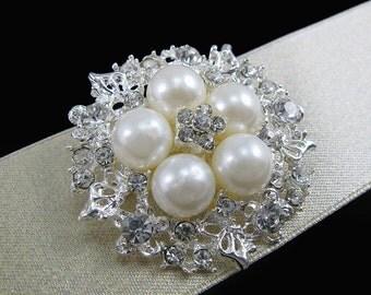 Pearl Brooch Rhienstone Brooch,Wedding Bouquet Brooch,Bridal Brooch,Bridal Gift,Wedding Favor,Wedding Invitation,Costume Brooch Wedding Deco