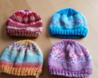 Set of 4 baby beanie hats red blue purple orange pink lilac - Size 0-6 months