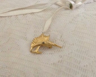 Gold Dolphin Pin