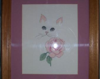 Cross stitch picture--White cat