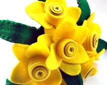 Daffodil Bouquet /  Felt Flower Bouquet / Button Bouquet / Wedding Flowers / Flower arrangement / Floral gift