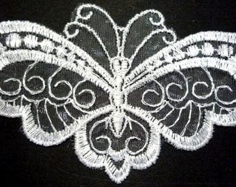 White Butterfly Embroideries Lace Patch Neckline Collar Motif Appliques Sew on  A3