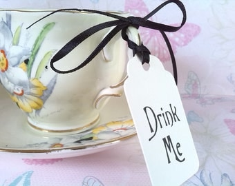 10 Drink Me Tags, Ivory Scalloped Tags Labels, Wedding Favour Tags, With Ribbon, Vintage Style, Alice in Wonderland, Gift Tags, Tea Party