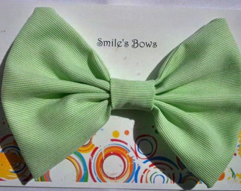 SmilesBows Mint Green Hair Bow