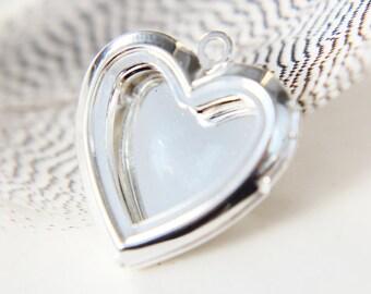 Locket - heart - silver plated open photo locket / frame / pendant
