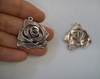 10 rose flower charm pendant tibetan silver antique silver wholesale