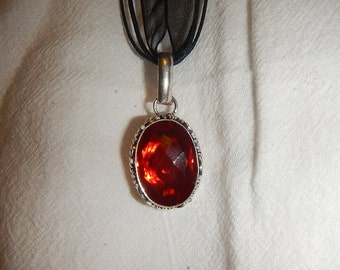 PAY IT FORWARD - Garnet pendant necklace set in .925 sterling silver (P221)