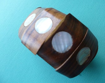 Hippie Bangle Bracelet Tribal Wood Stretch Bracelet with Mother of Pearl Insets 1980's