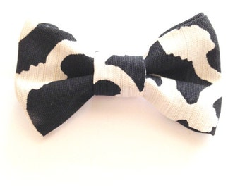 Knit a dog bow tie :: Free knitting pattern :: allaboutyou.com