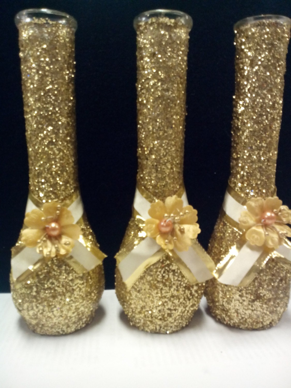 Gold glitter vase for wedding centerpiece or by