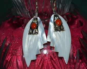 SALE...Beautiful Vintage Mother of Pearl  and Coral Carved shell earrings(1017145)
