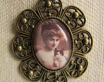 Victorian Portrait Pendant with Woman and Kitty