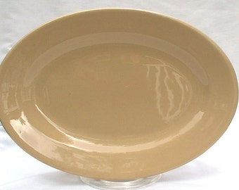 """Vintage Buffalo China Cafe Diner Tan Luncheon Plates Platters 10 1/2"""" by 7 1/2"""" 1940s Restaurant Ware SIX"""