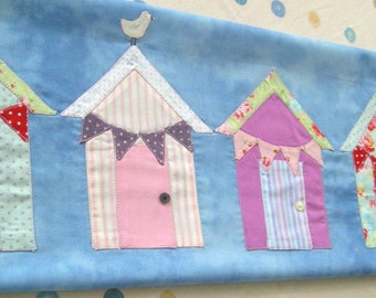 PDF Digital Sewing Pattern - Make an Applique Beach Hut Picture with Templates (To be downladed)