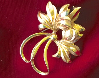 Vintage FOSTNER Floral  1/2012K Gold Filled Brooch