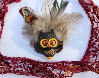 Vintage Owl Pin with Feathers