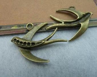 20pcs  Antique Bronze Lovely Bird Charms Pendant. c2165-8