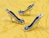 40pcs of Antique Tibetan silver High Heel Shoe Charms pendants 3D   18x14x4mm