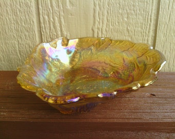 Nice Gold Carnival Leaf and Berry  Design Serving Dish.