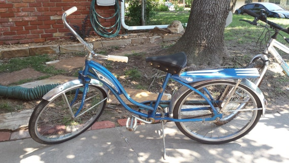 vintage amf saturn roadmaster bicycle all by themoonflowerattic. Black Bedroom Furniture Sets. Home Design Ideas