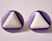 Purple White Triangle Pierced Earirngs Vintage Silver Tone Round Disc Lucite Buttons