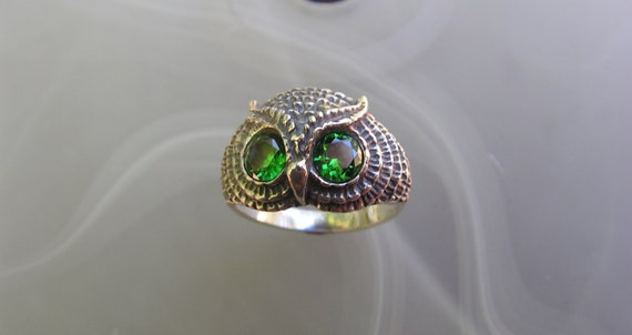 Sterling Silver Owl Ring With Emerald Eyes