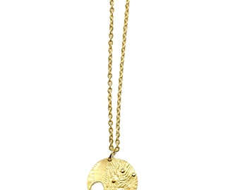 Close to Evening Gold Pendant Necklace