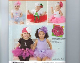 Baby Sewing Pattern Simplicity 1956 babies Tutu and Applique for Onesies Size 1 3 6 9 12 18 Months UNCUT
