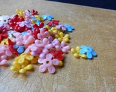 50 pcs flower beads colorful vintage plastic craft beads 1960s vintage jewelry making