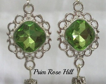 LADY EDITH Dangle earrings green with teardrops Inspired by Downton Abbey